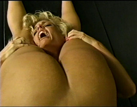 Joan Wise Classic Female Wrestling Video 564